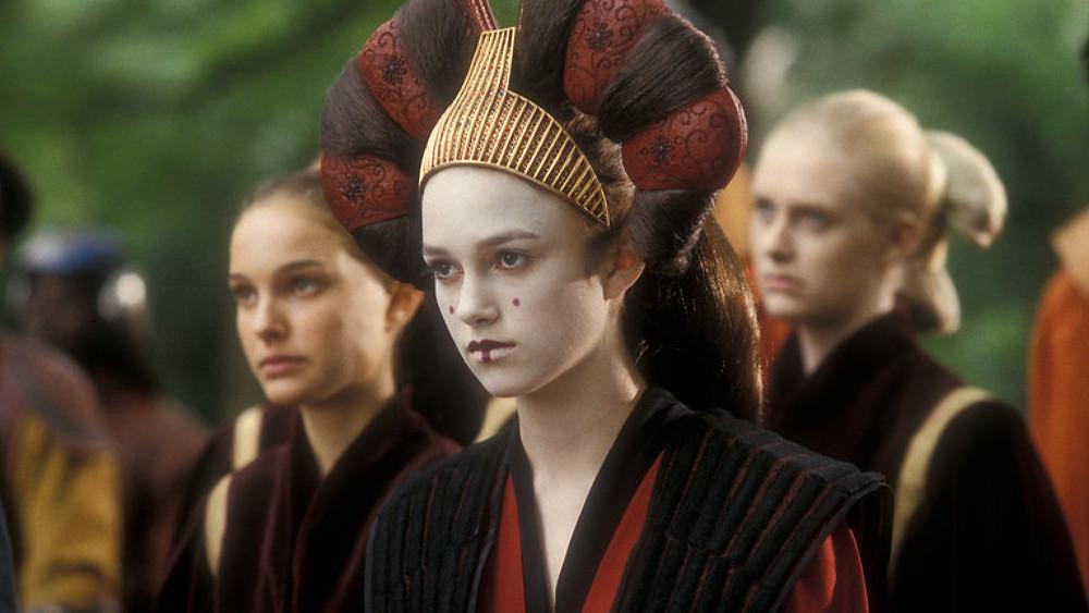 Keira Knightley Natalie Portman looking