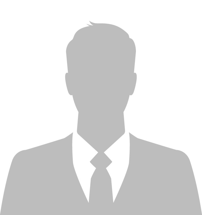 Contracts Counsel Lawyer Image