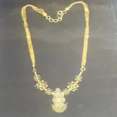 Short Necklace (2).jpg