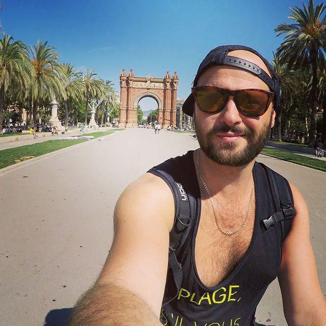 Tapas, Playa y Música ❤️_#🇪🇸 #barcelona
