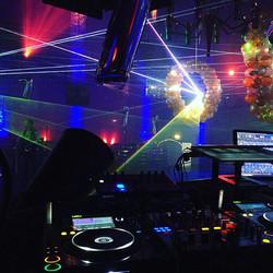 Nachtresi tonight 🎉🎶_7 Jahre Hootchie Cootchie Club D-Town_#slightdj #champagne