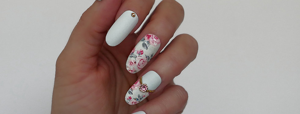 Soft Mint Victorian Rose