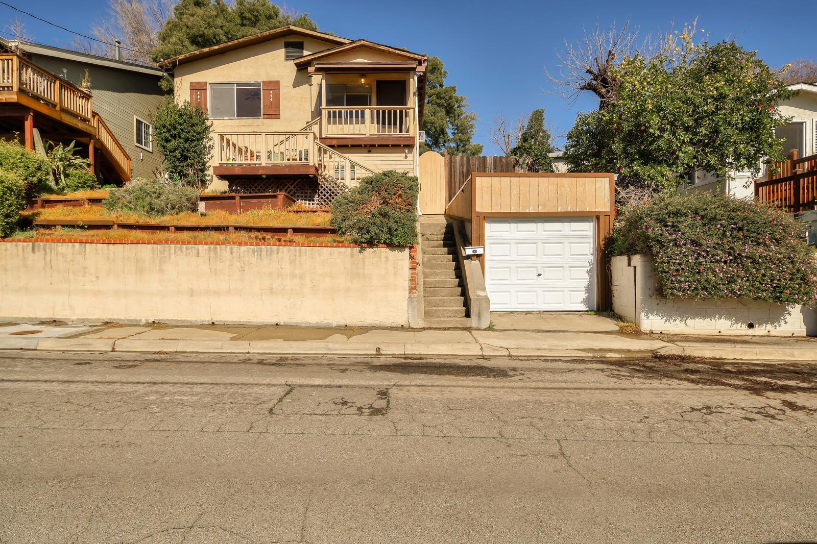 1519 Grandview Dr, Martinez, CA