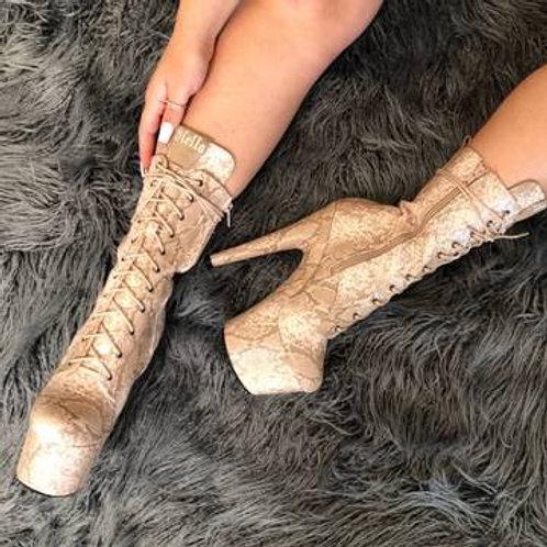 Milk Snake Boots -7 INCH HELLA HEELS