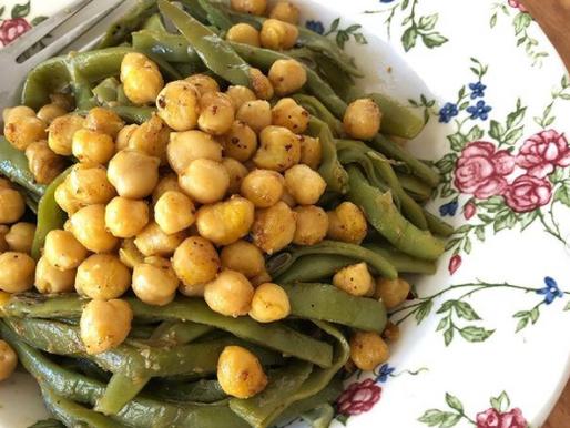 Fasulyeli Nohutlu Salata