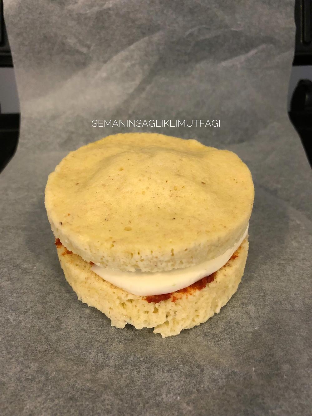 glutensiz tost ekmeği, tost ekmeği, sağlıklı ekmek, badem unu