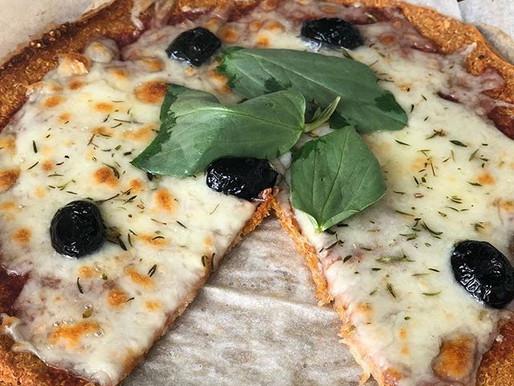 Glutensiz, hamursuz, kinoa pizza