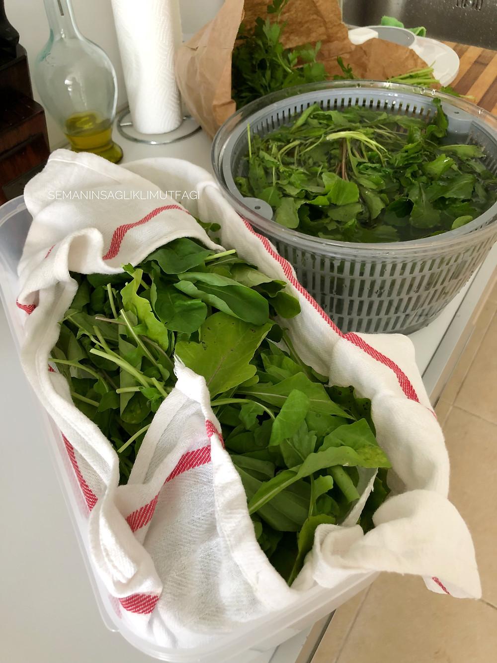 yeşillik, salata, salata yıkama, pazar hazırlığı
