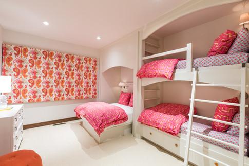 Pink Accent Kids Bedroom