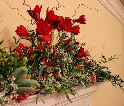 Winter Wedding Mantle Bouquets