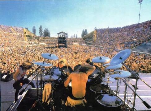 Metallica%20MOR%20'88_edited.jpg