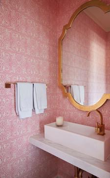 Bathroom Shea Bryar.jpg