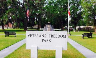 Veterans-Monument__element50.jpg