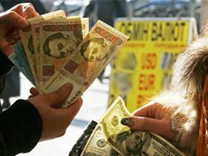 Три мифа о курсе гривни: кто и зачем каждую осень предрекает девальвацию