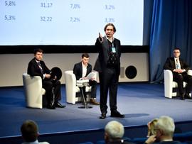 """Макроэкономический прогноз UEO на 2019- 2022 годы по итогам """"III Экономического лектория"""""""