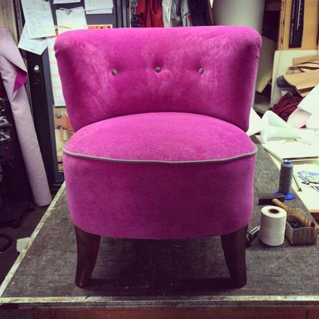 Neu gepolsterter Sessel / Polsterei