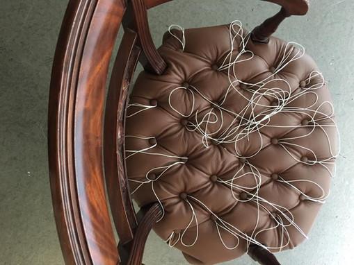 Chesterfield-Stuhl in Arbeit