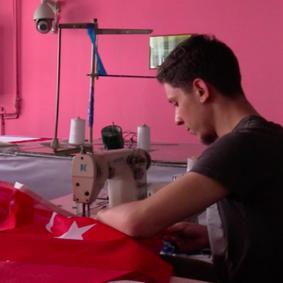 Entrevista con Hasan Özgür Top: Lo que hace una bandera real