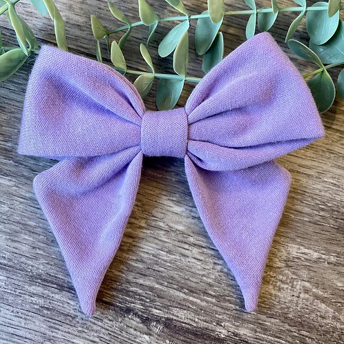Lilac Holly Bow