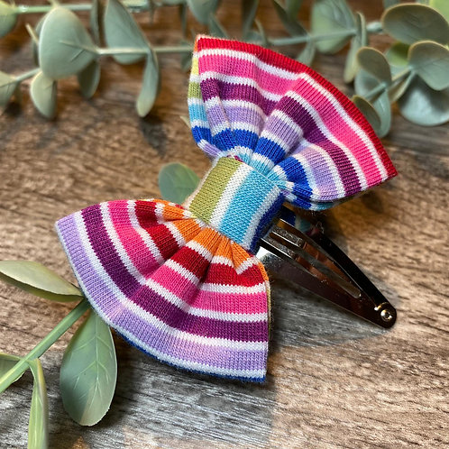 White Rainbow Stripe Classic Bow Snap Clips
