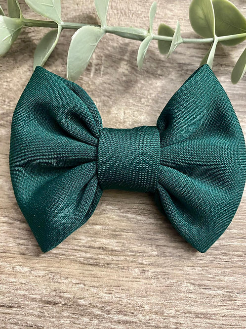 Bottle Green Classic Bow Prong Clip
