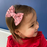 Pink Dash Classic Bow Prong Clip