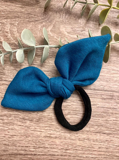 Teal Knot Bow Bobble