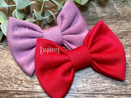 Raspberry Classic Bow Prong Clip