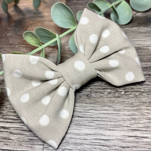 Classic Bow Prong Clip Dots and Dashes