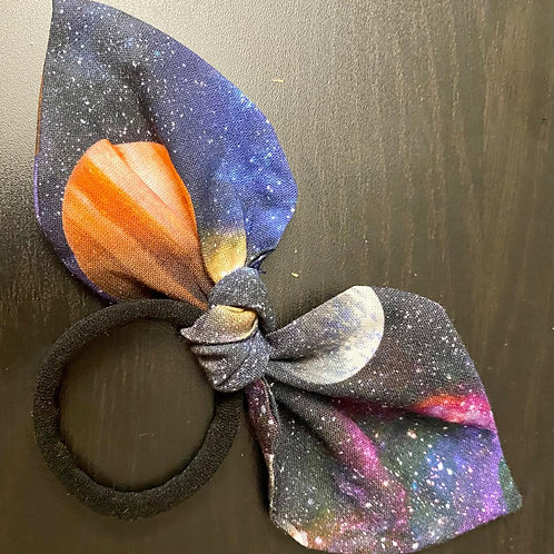 Space Knot Bow Bobble
