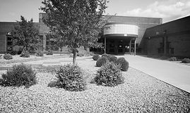 Front entrance of Isle School district