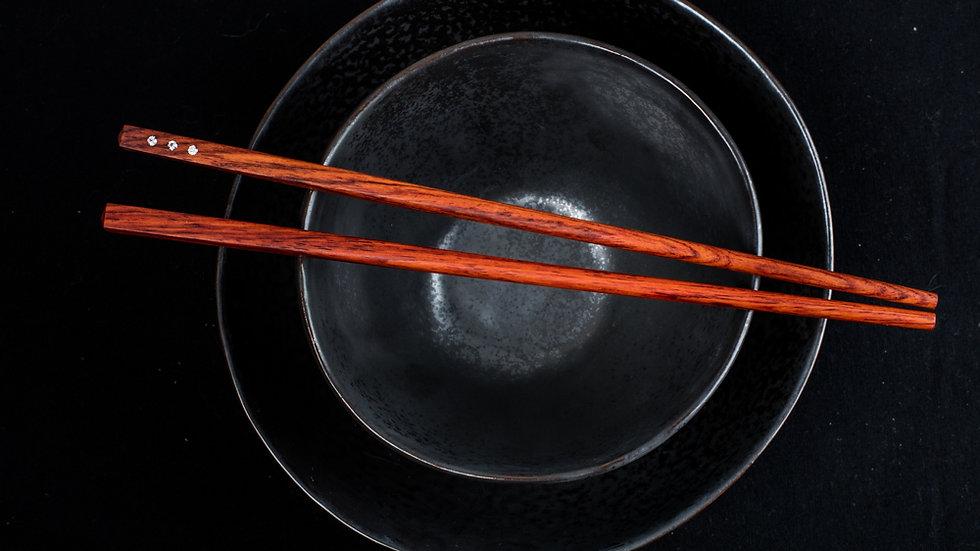 3 Diamonds in each chopstick