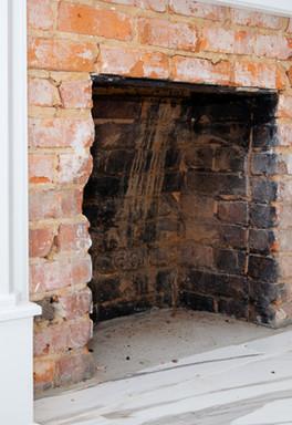 The Colonial Inn Hillsborough 1800's Replica Mantle