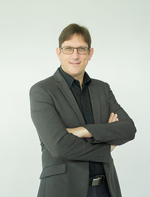 Assoc. Prof. Dr. David J. Harding