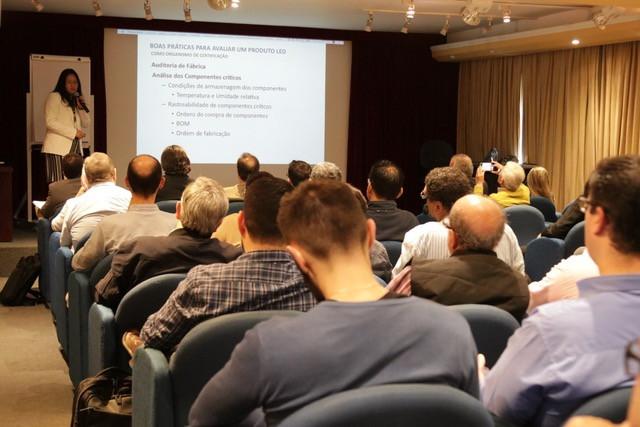 Certificações Inmetro: Novos prazos e discussões para certificação de luminárias públicas