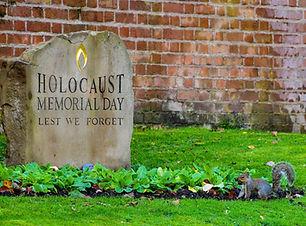 cemetery-4611800_1920.jpg