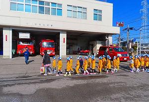 8-06-2  消防署見学 (7).jpg