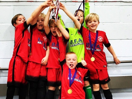 Byron Red Star bag fotsal trophy !