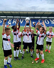 U9 winning the Colchester tournament Jun