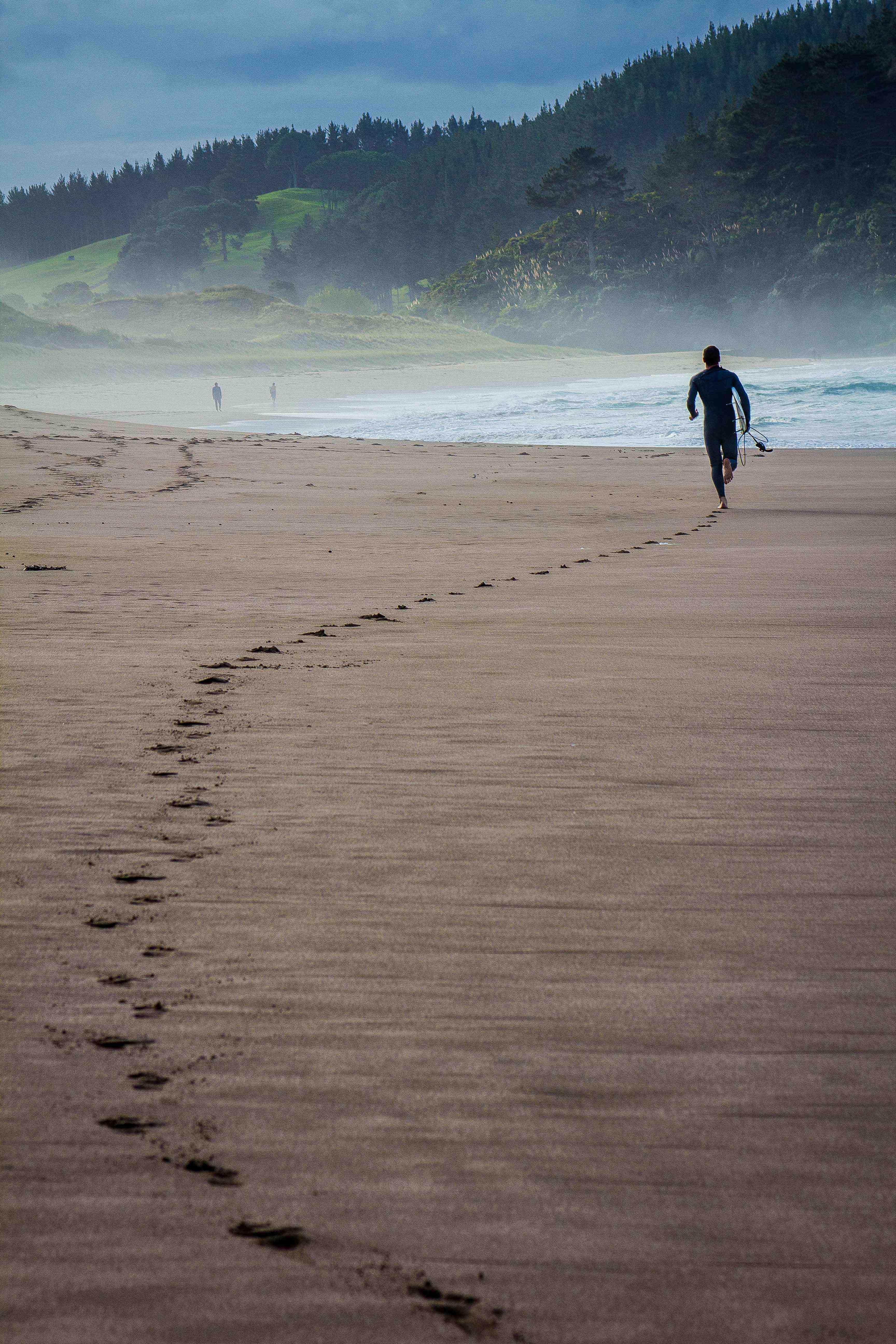 Surfer Hot Sands Beach-9146 copy