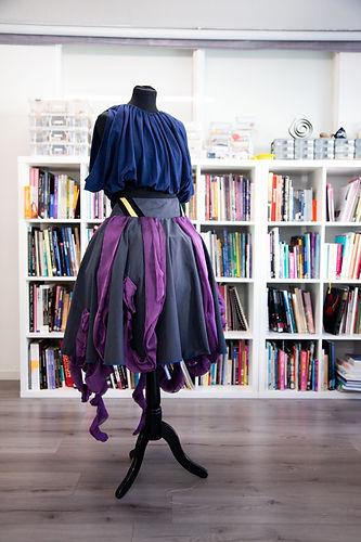 outfit & bookshelves.jpg