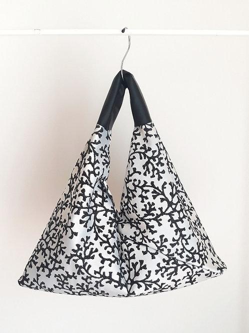 Sacca corallo black&white