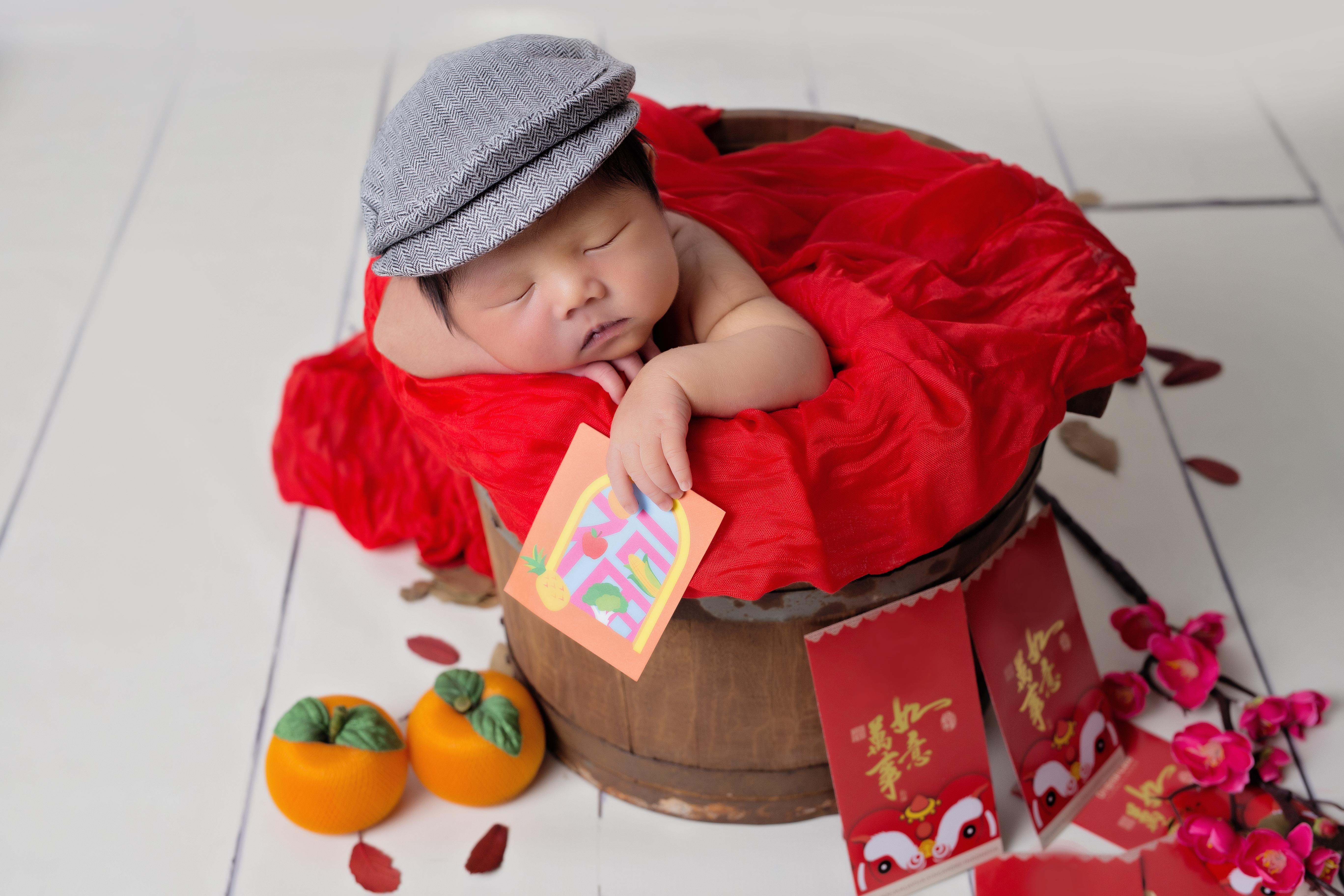 Baby Skylar ~ 12days old