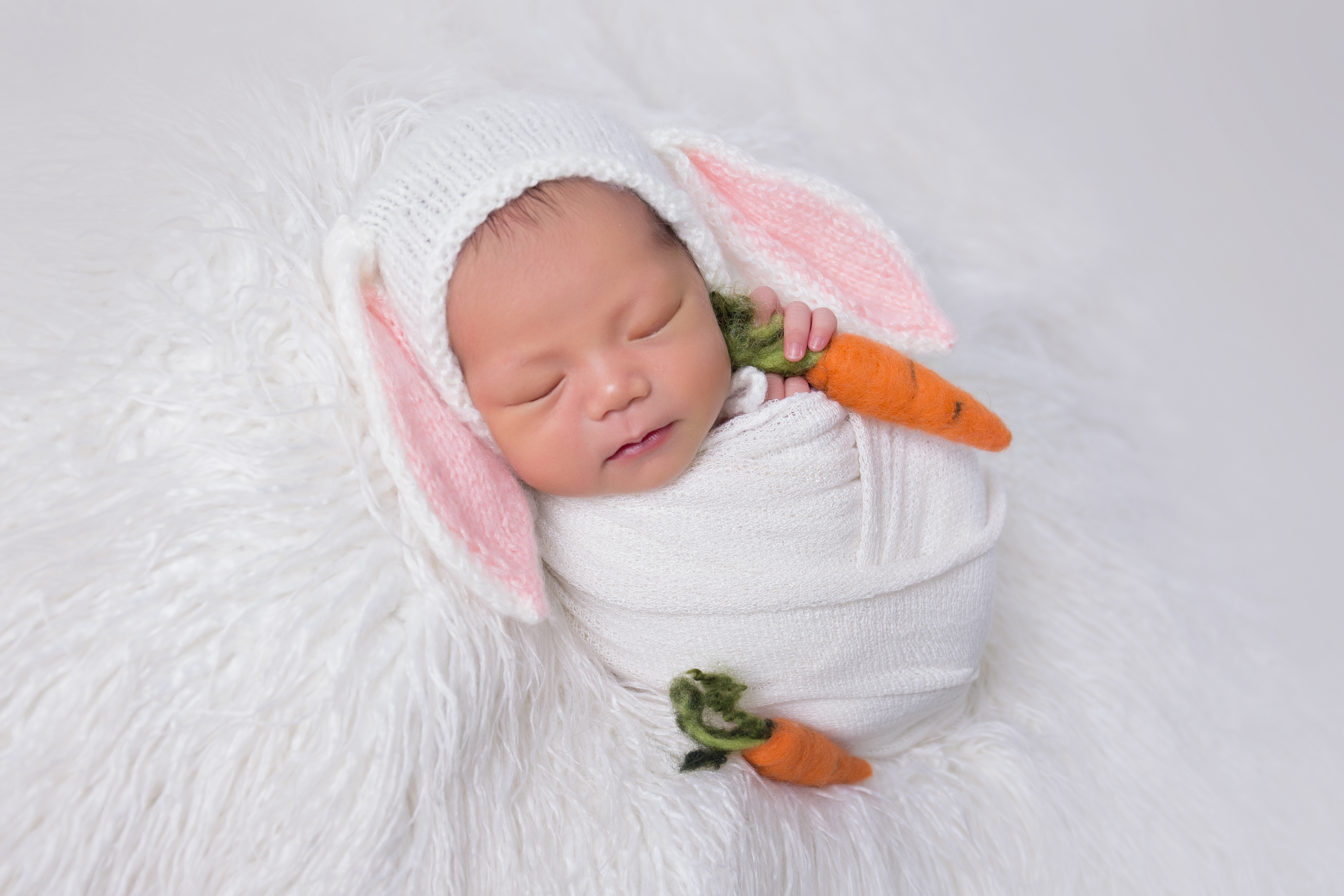 Baby Hailey ~ 8days old