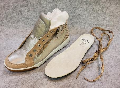 ~コラム~ 雨に濡れた靴。どうやってお手入れすればいい?