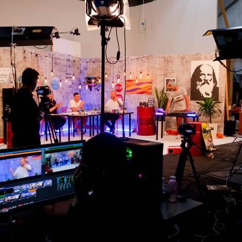 Прямая трансляция для стрит-арт проекта «Формула искусства»