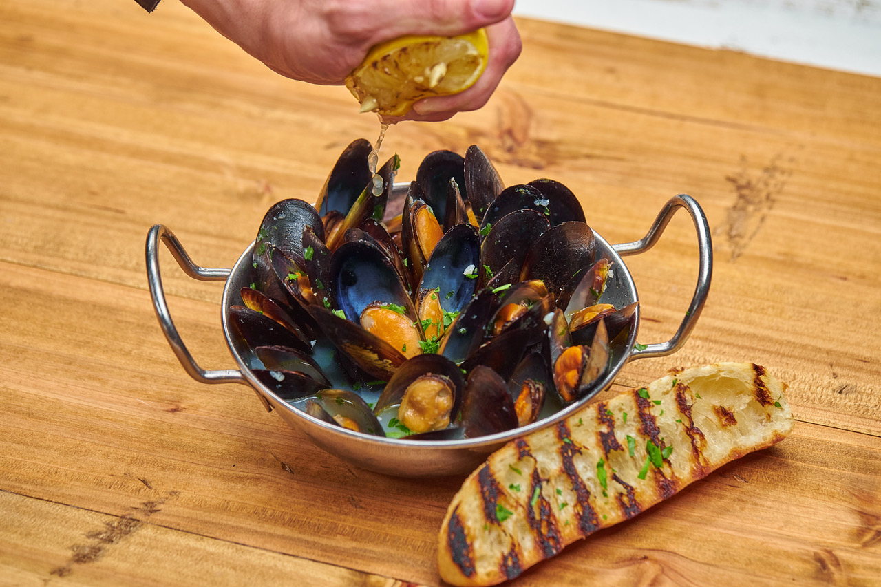 Mussels Provenzal