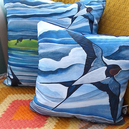 Swallow ~ Cushion