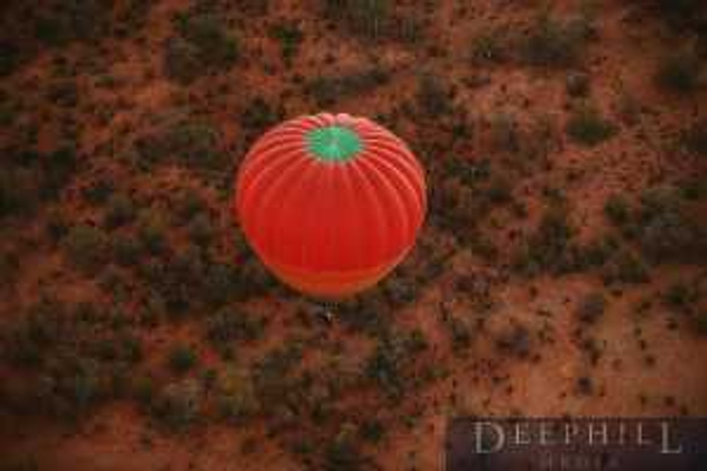 Experience the beauty of the desert with Outback Ballooning.