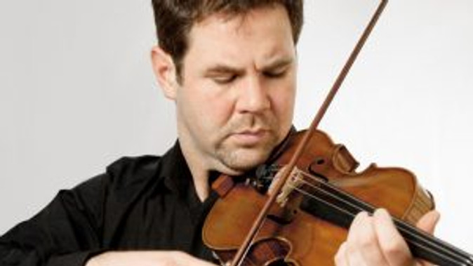 Sought-after violinist Andrew Haveron
